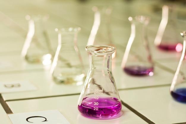 Béchers de chimie
