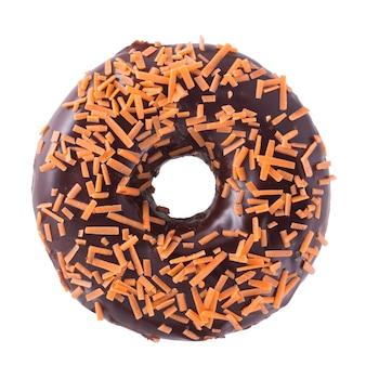 Beignet au chocolat orange isolé