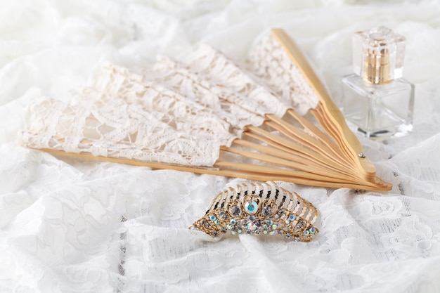Bel ensemble d'accessoires de mariage pour femmes. le matin de la mariée