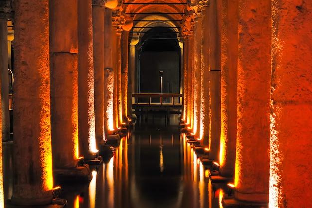 Belle citerne basilique ouverte aux visiteurs après restauration.