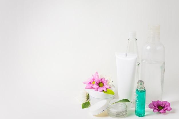 Belle composition pour spa ou bain concept avec fond