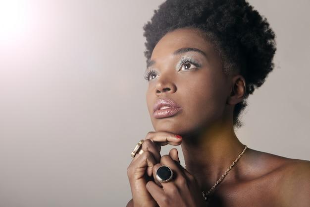 Belle femme afro