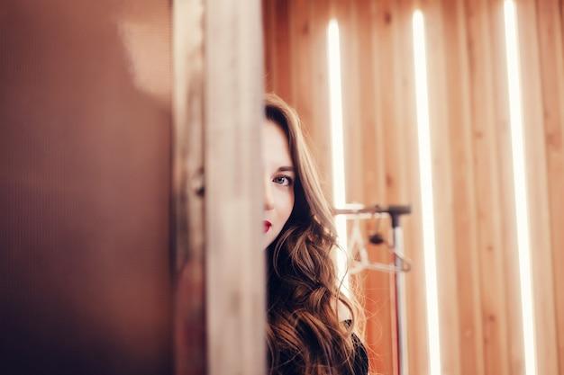 Belle femme modèle