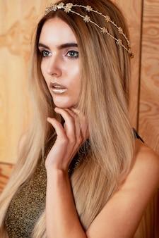 Belle fille modèle mode portrait