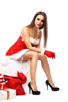 Belle Fille Sexy Portant Des Vêtements De Père Noël Photo Premium