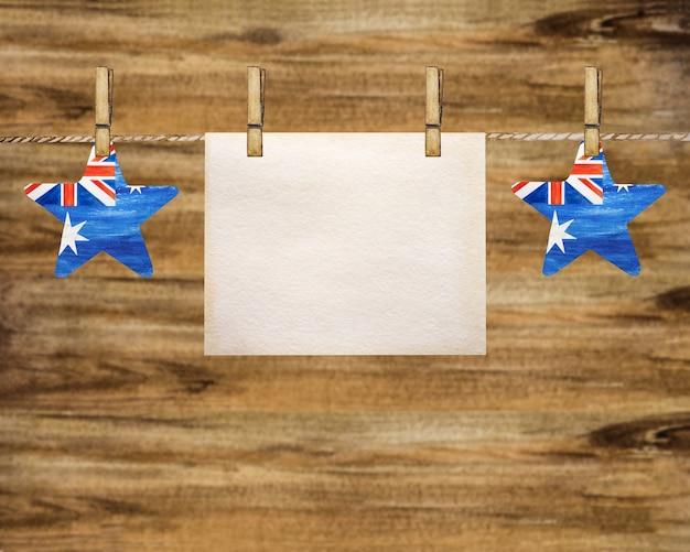 Belle guirlande avec de petits drapeaux australiens.