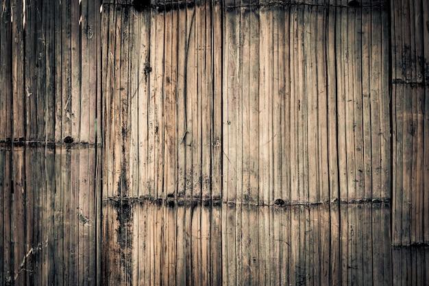 Une belle idée de concept écologique de modèle de bambou naturel ancien rustique pour la conception