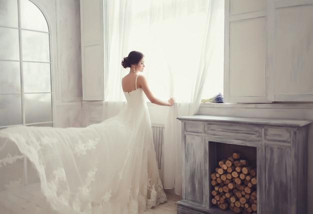 Belle mariée brune