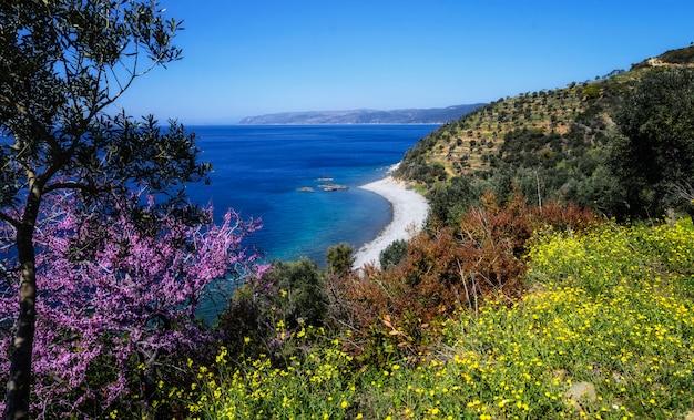 La belle nature de la montagne holy athos