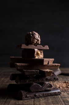 Belle nature morte avec le concept de chocolat