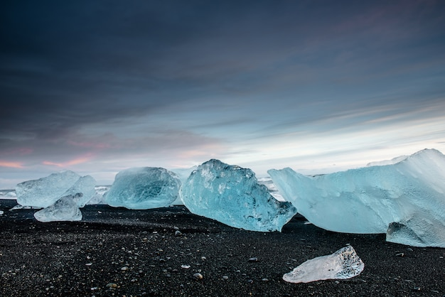 Belle plage de diamants en islande