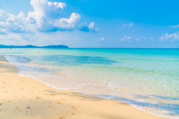 Belle plage et mer