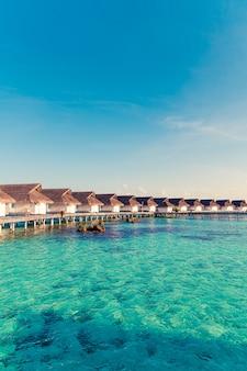 Belle station balnéaire tropicale des maldives