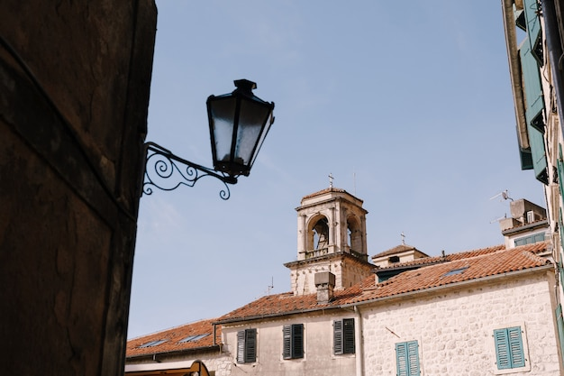 Belle vieille chapelle lieu historique et touristique