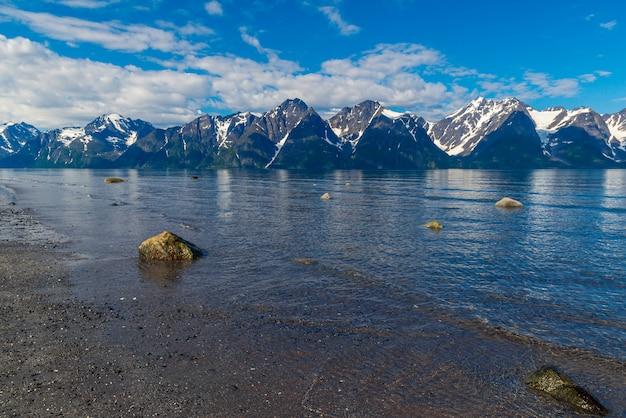 Belle vue sur le fjord en norvège