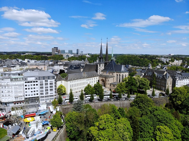 Belle vue d'en haut, luxembourg. la capitale du royaume luxembourg.