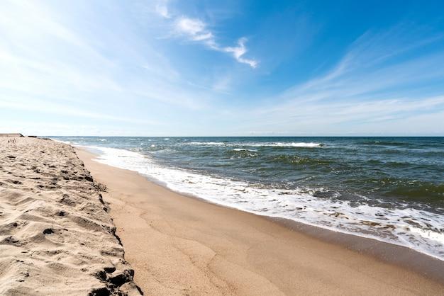 Belle vue sur la mer baltique, panoramique, pologne, heure d'été