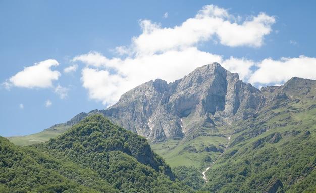 Belle vue. montagne khustup en arménie