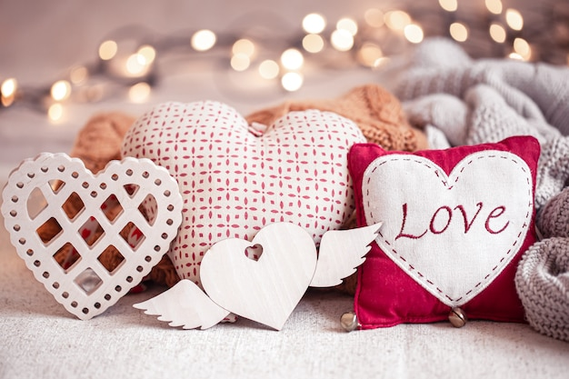 De belles choses pour la décoration de la saint-valentin.