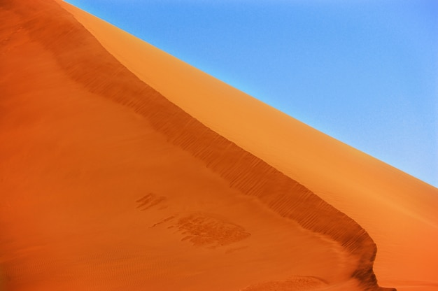 Belles dunes du désert du namib, sossusvlei, namibie, afrique du sud