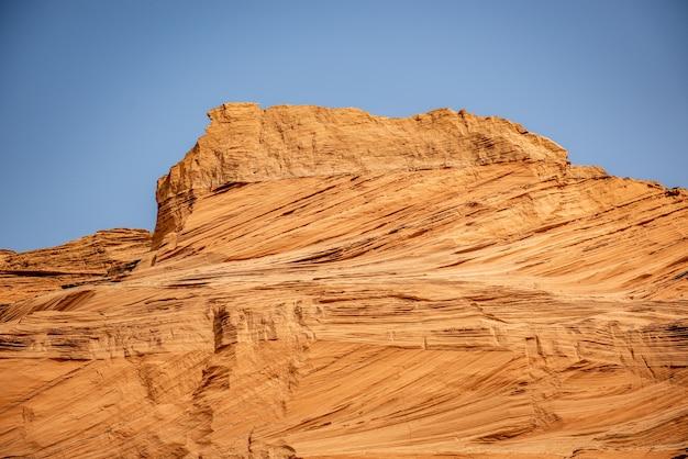 Belles dunes de sable dans le paysage de fond du désert du sahara