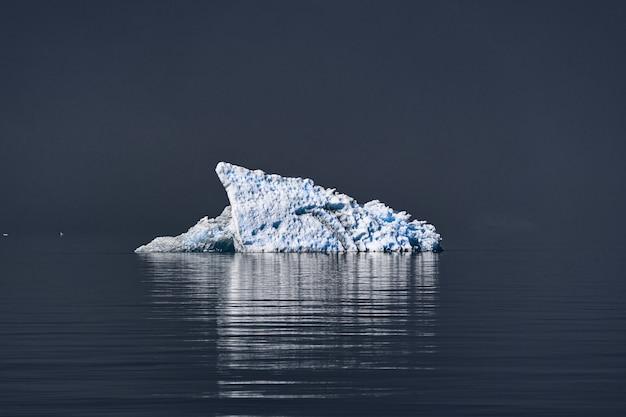 Berg de glace blanche