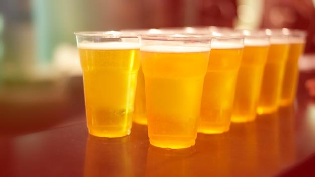 Bière, alcool, fêtes, fête, amusement, bière dans un verre