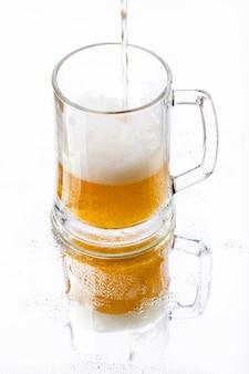 Bière avec reflet