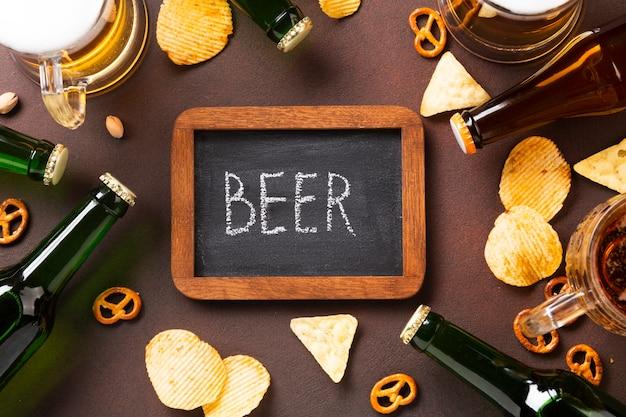 Bière vue de dessus avec tableau