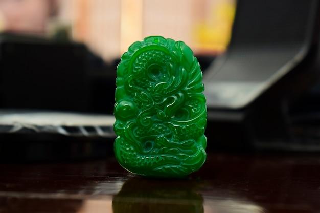 Bijoux en jade vert jade