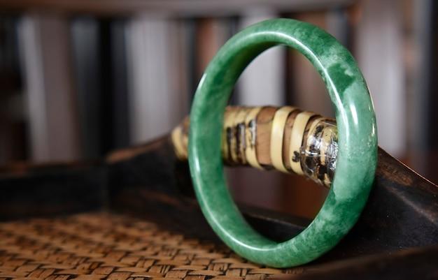 Bijoux de jade vert