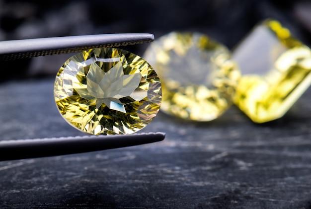 Bijoux de pierres précieuses quartz citron.