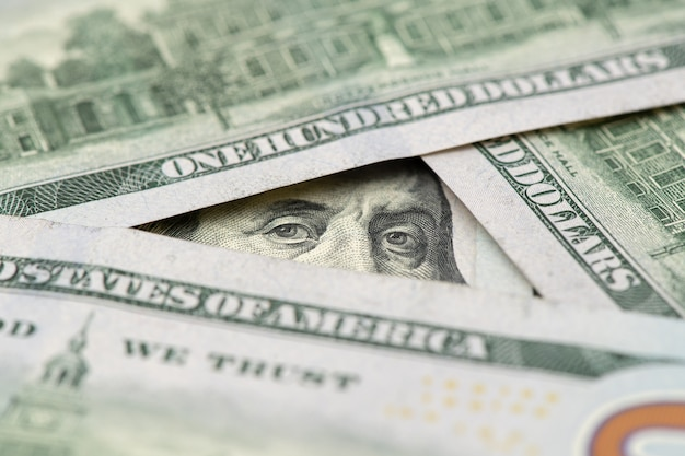 Billet d'un dollar avec seulement les yeux de benjamin franklin