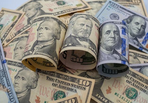 Billets en dollars pour le concept d'argent