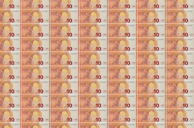 Billets en euros imprimés dans le convoyeur de production d'argent