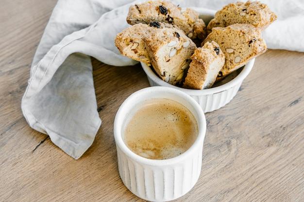 Biscottis et café