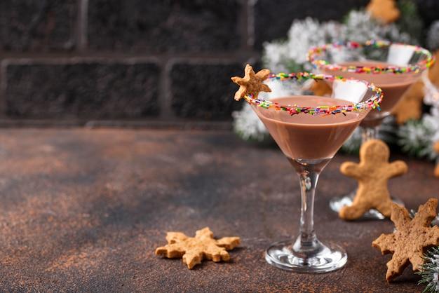 Biscuit au sucre martini avec jante saupoudrée