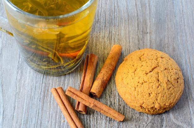 Biscuit au thé vert et à l'avoine