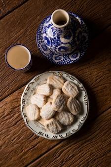 Biscuit aux marrons sur la table