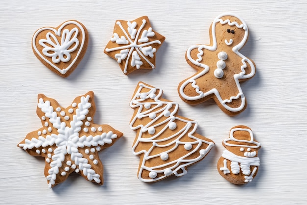 Biscuit cadeau fond en bois blanc