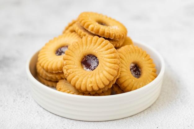 Biscuit confiture du désert à la fraise