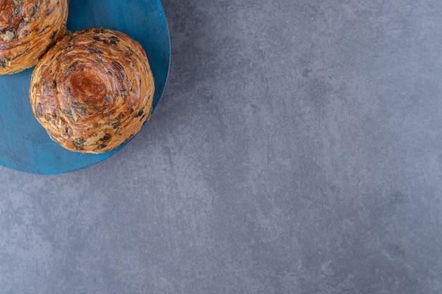 Biscuit délicieux sur une assiette