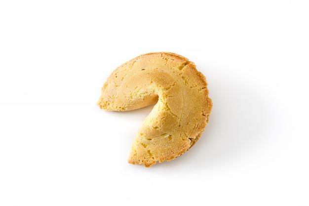 Biscuit de fortune isolé sur blanc