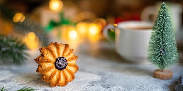 Biscuit de noël pâtisserie sucrée biscuit pâtisserie maison gâteau au four dessert sucré