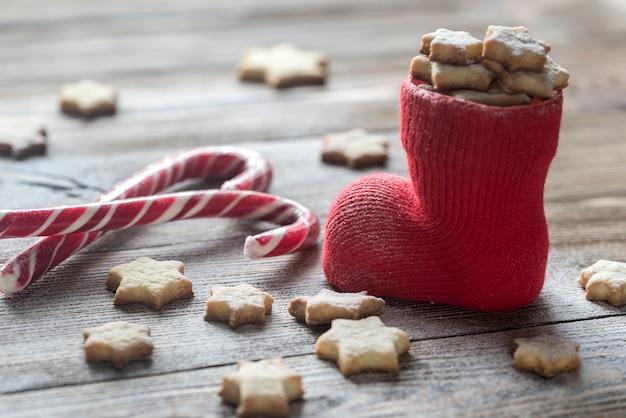Biscuits au beurre dans le bas de noël