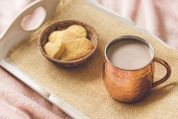 Biscuits au cacao et au cœur