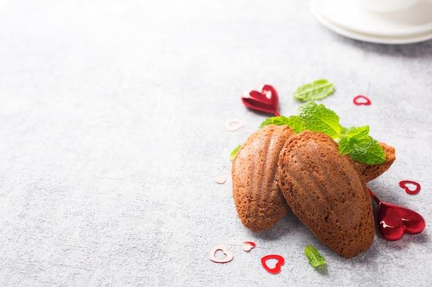 Biscuits au chocolat faits maison madeleine