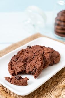 Biscuits au chocolat avec pépites de chocolat