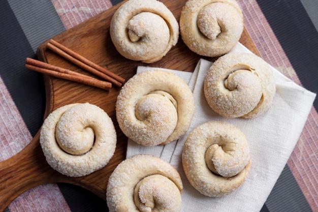 Biscuits au sucre d'escargot à la cannelle
