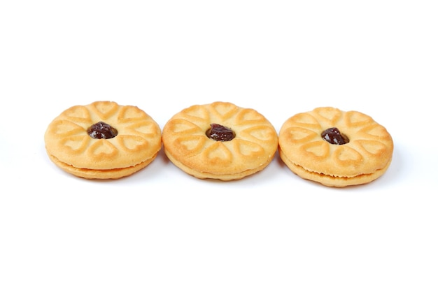 Biscuits à la confiture de myrtilles sur blanc